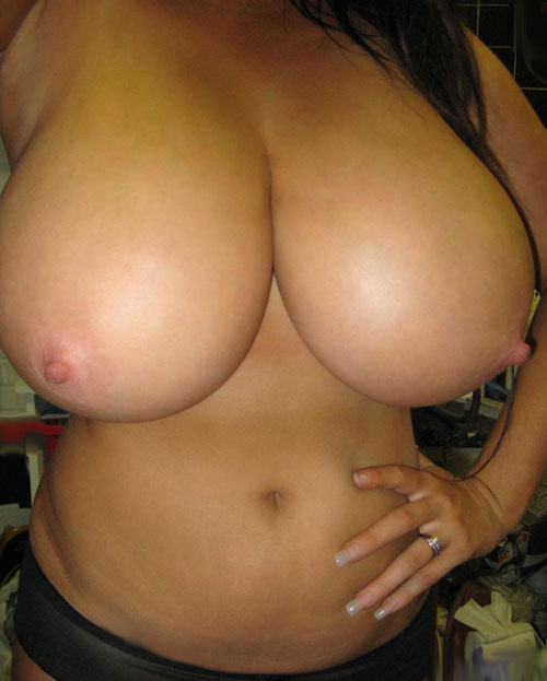 huge natural big tits